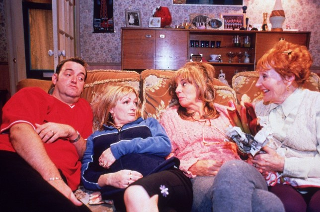 Television programme : THE ROYLE FAMILY SERIES 2 Starring Craig Cash, Caroline Aaherne and Sue Johnston.Thursdays from Dec 9 9.00pm & 9.35pm NEW: The Royle Family - Series 2 They are slovenly, smoke and drink too much and the men of the house have unsavoury habits. Yes, the Royles are back! UK Play is delighted to present the second series of one of the most successful new comedies in recent years. FOR FURTHER INFORMATION CONTACT UKTV PRESS OFFICE ON 0171 299 5000. ...ROYAL FAMILY 9
