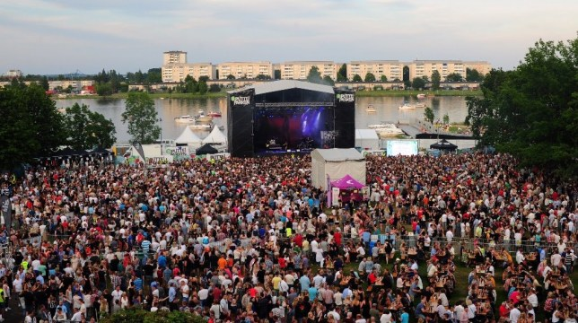 """Swedish police have received 35 complaints from young women after """"foreign young men"""" went on an apparent two day rampage at a popular music festival, sexually assaulting young girls they found there. The actual number of girls attacked during the weekend festival are thought to be much higher, as within many of the 35 reports received by police, there are thought to be multiple complainants. Police started to receive reports from young women during the Kalstad 'Putte i Parken' (Party in the Park) on Friday and Saturday night, reports Svenska Dagbladet, with 24 received during the festival and another 11 coming afterward. karlstad Festival"""