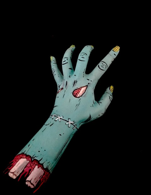 Artist Creates Optical Illusions As Body Art Using Her Own Arm Metro News