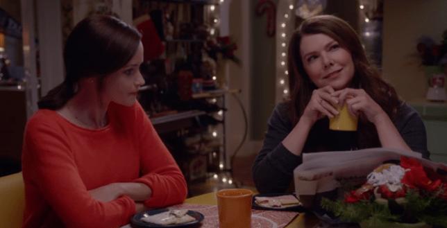 Gilmore Girls reunites Lauren Graham and Alexis Bledel as mum and daughter (Picture: Netflix)