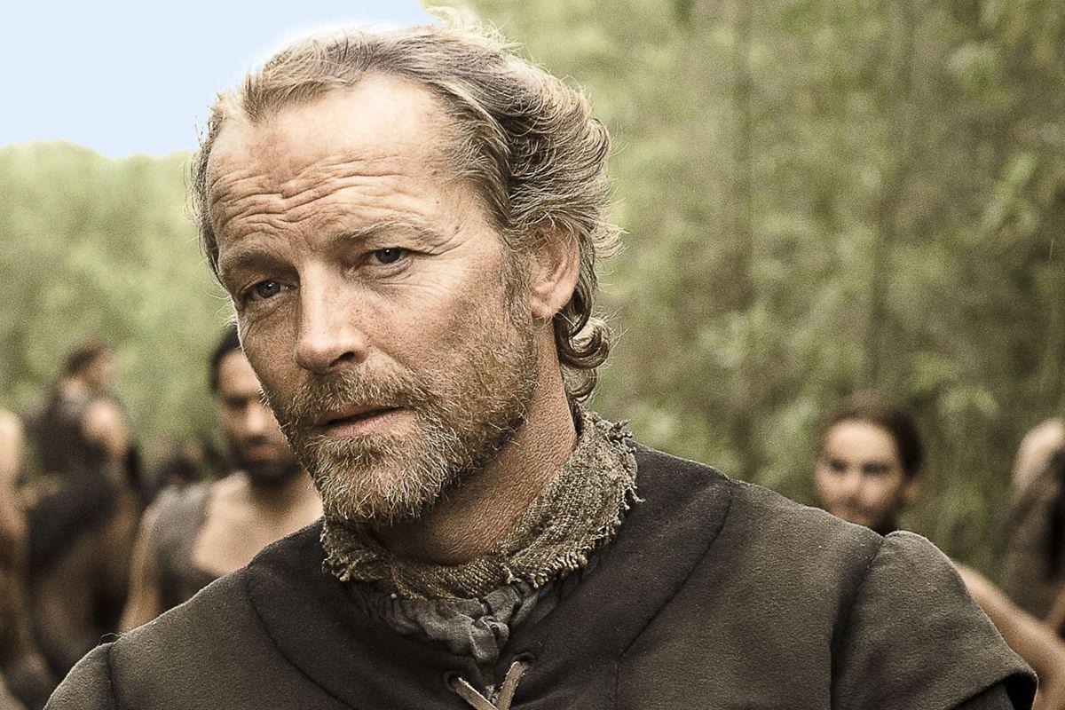 Ser Jorah Mormont – aka actor Iain Glen – spotted boarding flight to Game of Thrones set