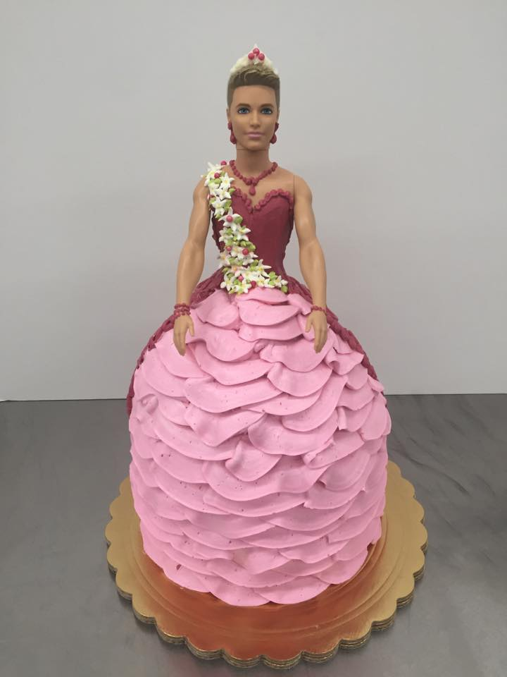 Bakery faces backlash for creating a transgender Ken doll cake Picture: Facebook/Freeport Bakery REF: REACHED OUT... LOW RISK REF: https://www.facebook.com/freeportbakery/photos/a.306351901321.182699.270109836321/10154361305646322/?type=3&theater