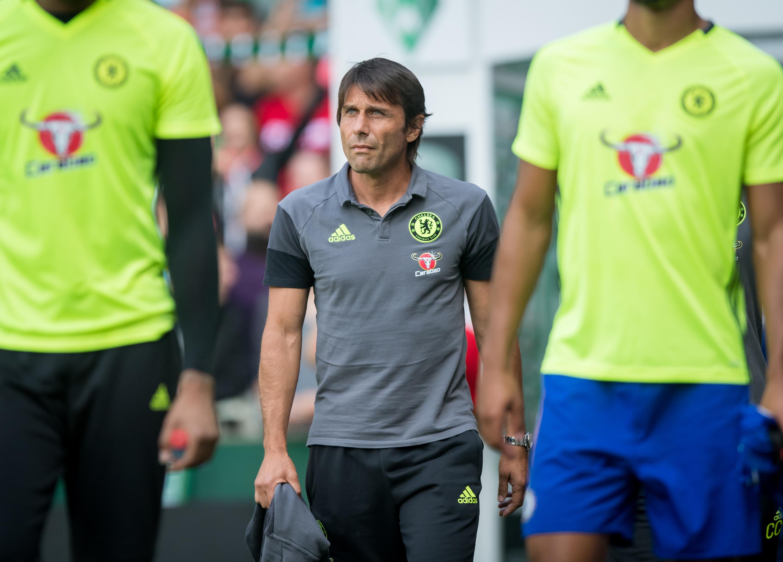 Chelsea's Antonio Conte eyeing late transfer moves for Romelu Lukaku and Kalidou Koulibaly