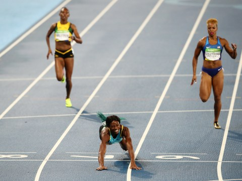 Was Shaunae Miller's 'diving finish' to win 400m gold at the Rio Olympics legal?