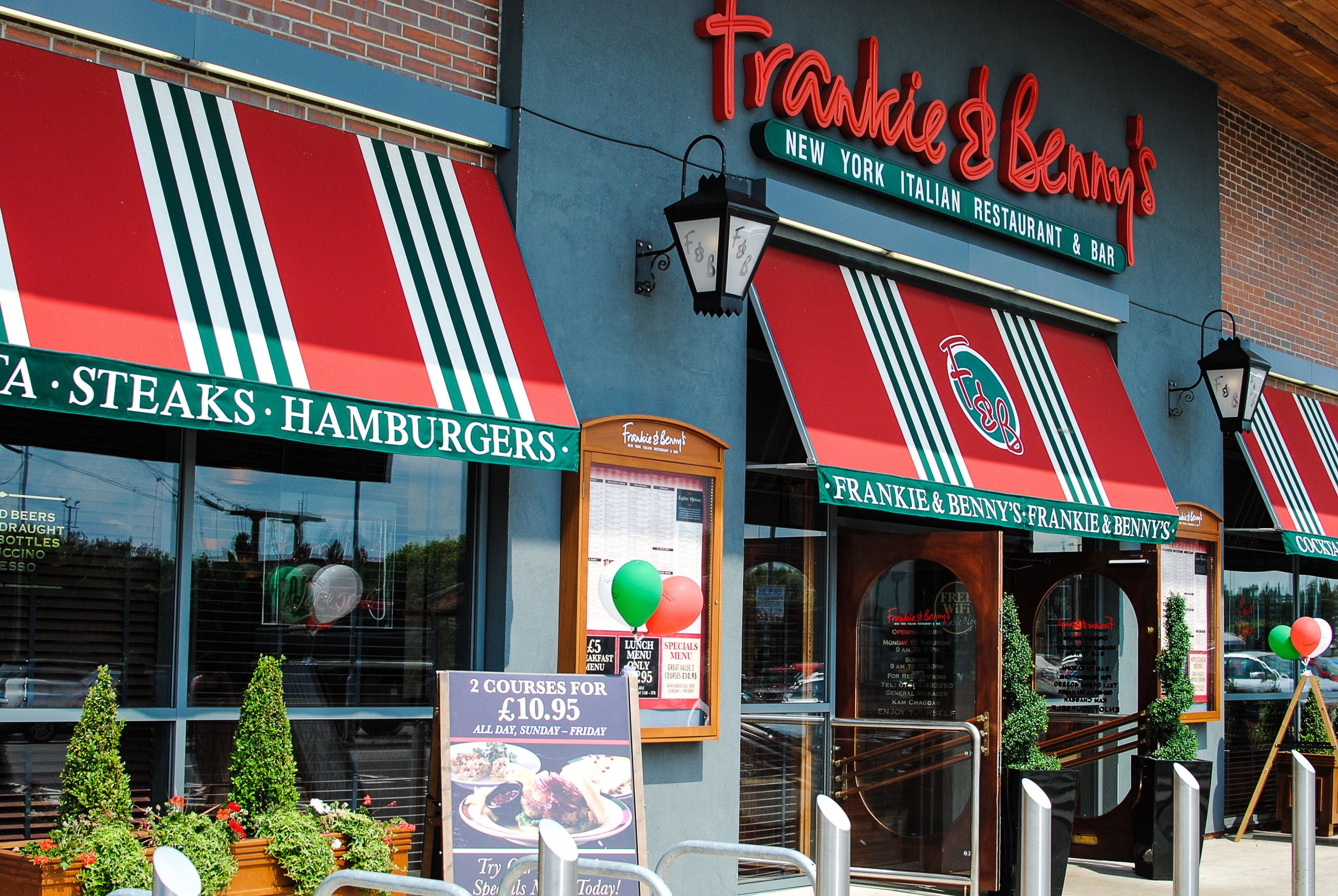 33 Frankie and Bennie's/Chiquito restaurants to close