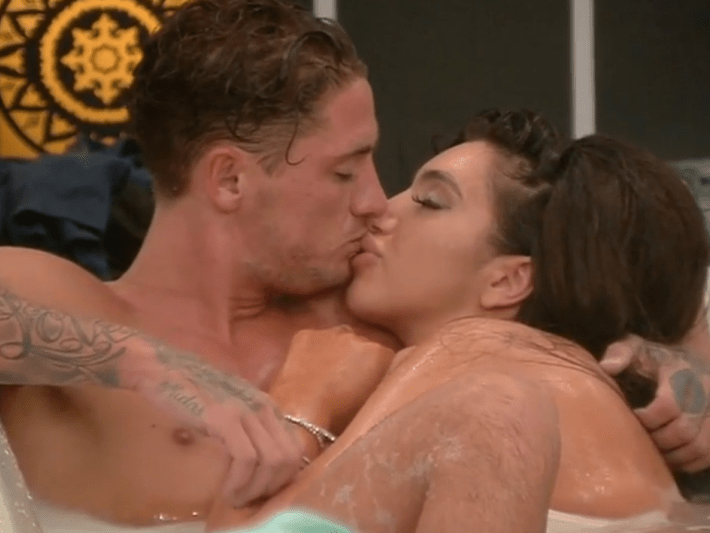 WATCH: Celebrity Big Brother stars Stephen Bear and Chloe Khan have sexy times in bath