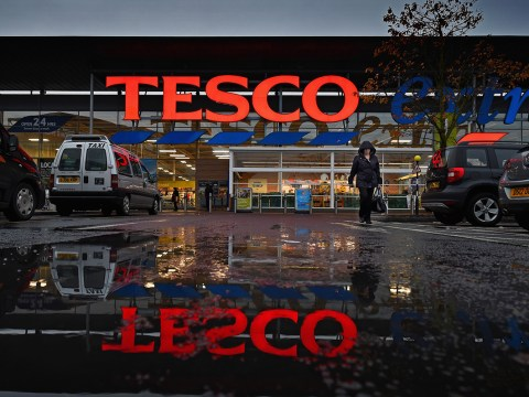 Tesco removes Scottish flag from fruit because of English complaints