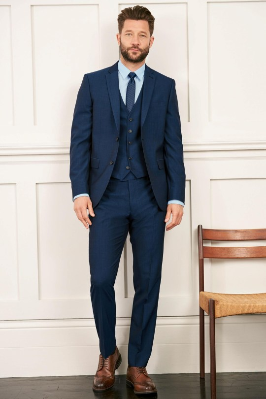 874bd03848 Mens wedding suit – what to wear when your mate gets married | Metro ...
