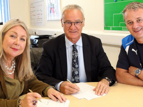 Claudio Ranieri signs new four-year Leicester deal