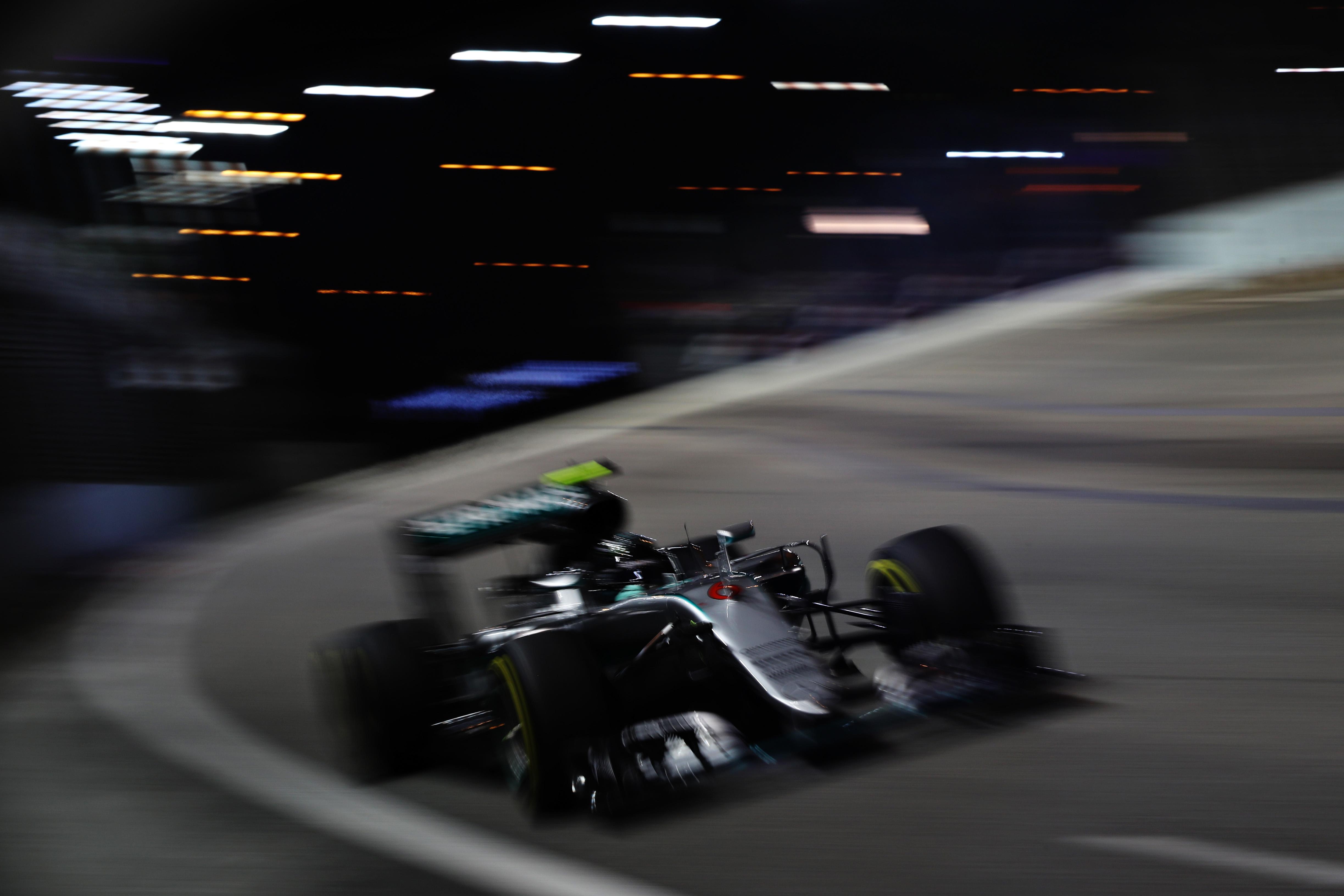 Singapore Grand Prix debrief: Nico Rosberg knocks Lewis Hamilton off top with dramatic victory