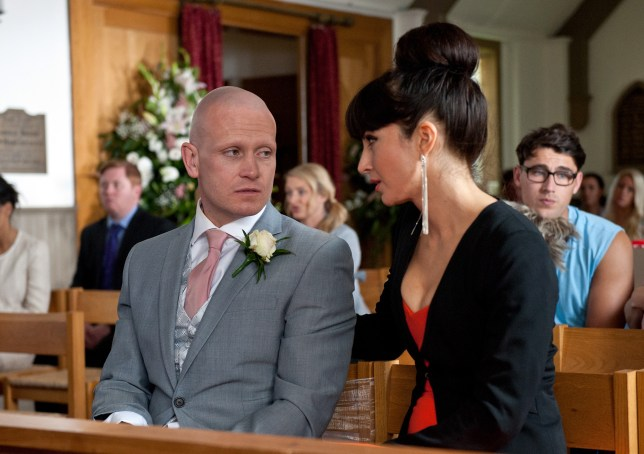 FROM ITV STRICT EMBARGO - NO USE BEFORE SUNDAY 18 SEPTEMBER 2016 Emmerdale - Ep 7636 Thursday 22nd September 2016 - 2nd Ep Leyla Harding ROXY SHAHIDI tries to console a gutted David Metcalfe MATTHEW WOLFENDEN as it looks like Tracy is a no-show at the wedding. He starts to think that she was only marrying him out of pity. Picture contact: david.crook@itv.com on 0161 952 6214 Photographer - Amy Brammall This photograph is (C) ITV Plc and can only be reproduced for editorial purposes directly in connection with the programme or event mentioned above, or ITV plc. Once made available by ITV plc Picture Desk, this photograph can be reproduced once only up until the transmission TX date and no reproduction fee will be charged. Any subsequent usage may incur a fee. This photograph must not be manipulated excluding basic cropping in a manner which alters the visual appearance of the person photographed deemed detrimental or inappropriate by ITV plc Picture Desk. This photograph must not be syndicated to any other company, publication or website, or permanently archived, without the express written permission of ITV Plc Picture Desk. Full Terms and conditions are available on the website www.itvpictures.com