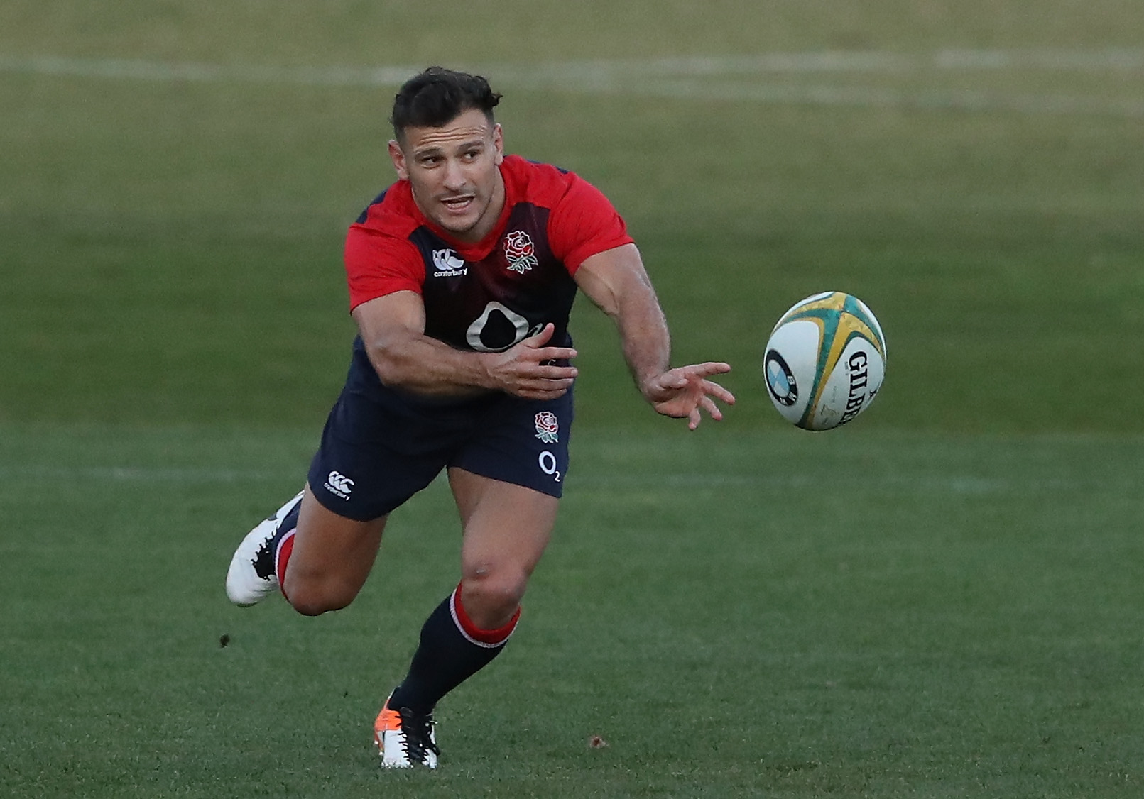 MELBOURNE, AUSTRALIA - JUNE 13: Danny Care passes the ball during the England training session held at Scotch College on June 13, 2016 in Melbourne, Australia. (Photo by David Rogers/Getty Images)