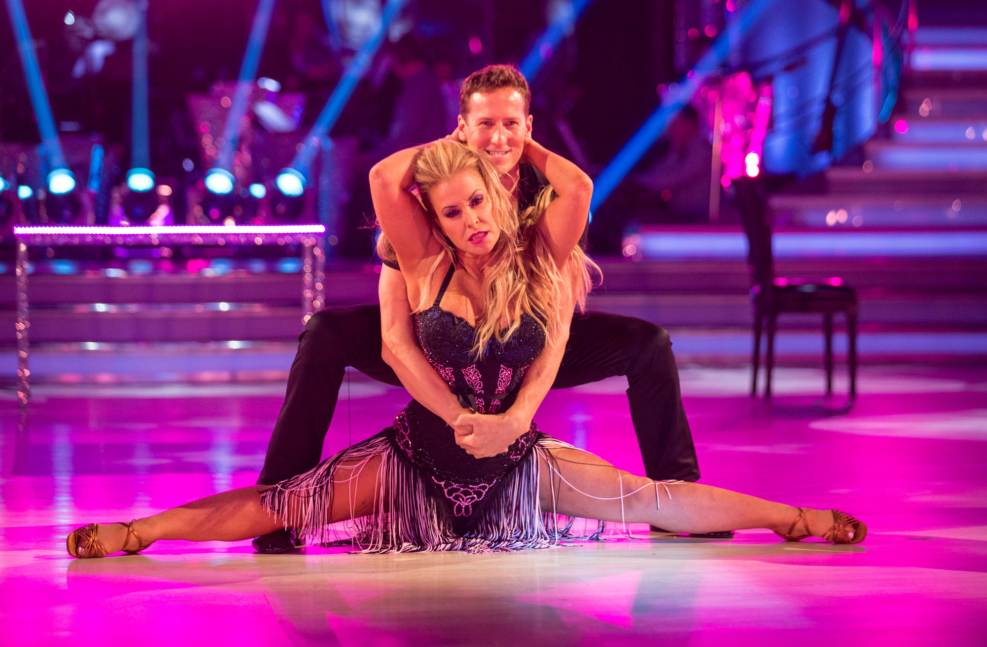 Anastacia given the all clear to dance this weekend after Strictly Come Dancing injury