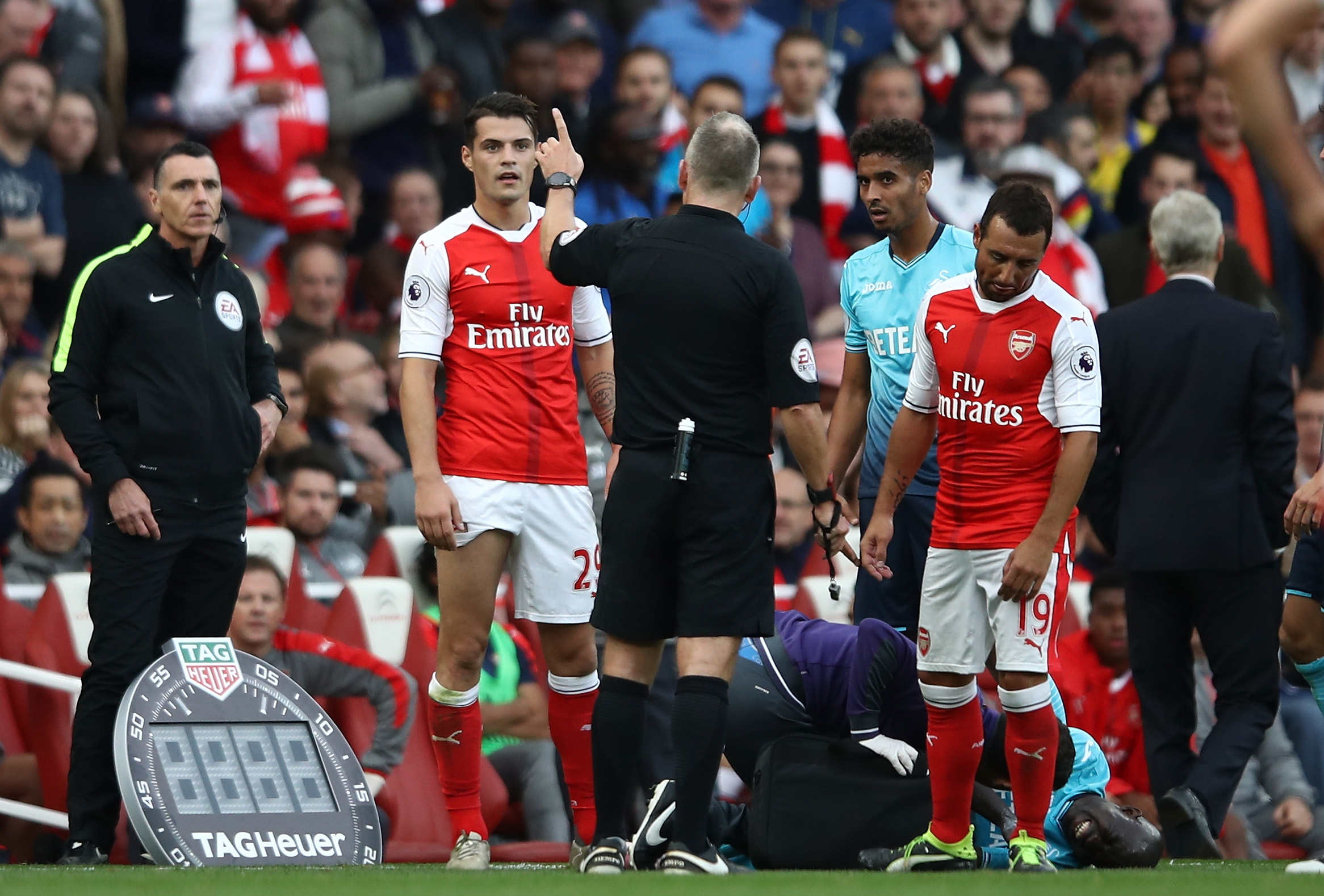 Arsenal have 30 Premier League wins in games when they've had a player sent off