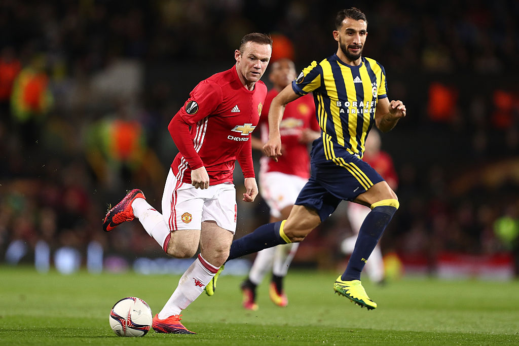 Manchester United star Wayne Rooney needs to accept he can't play three times a week, claims Barcelona legend Xavi