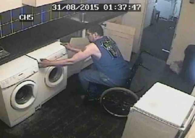 One-legged burglar drags wheelchair though smashed window to steal TV