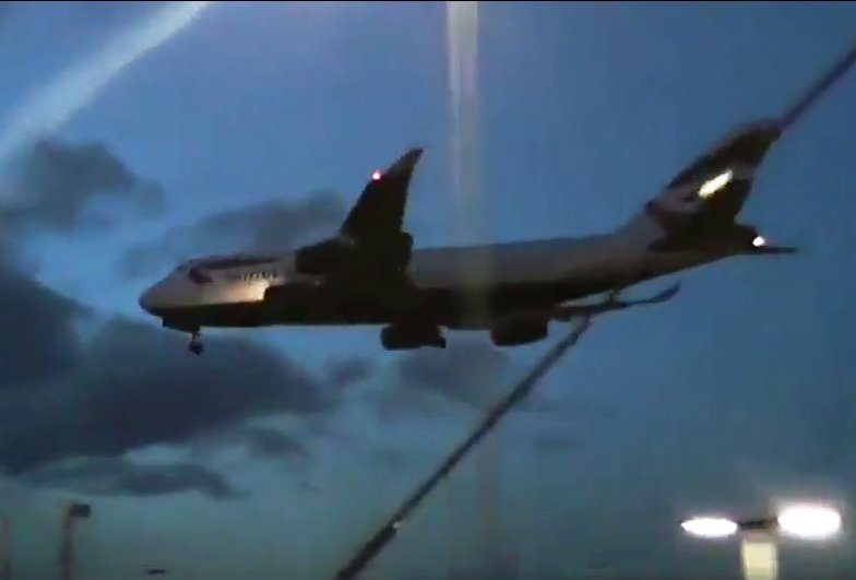 Passengers on BA flight told not to rock the plane after landing gear fails