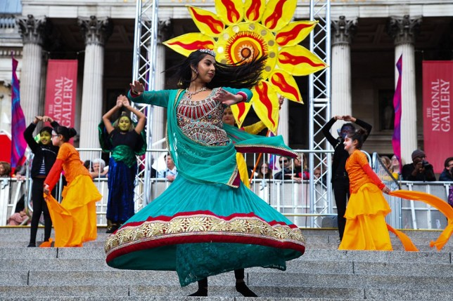 Mandatory Credit: Photo by Dinendra Haria/REX/Shutterstock (6323966at)nChidren's performance on the central steps of Trafalgar Square. nThousand of Hindus, Sikhs, Jains and people from other communties attend Diwali an Indian cultural festival of Light celebrations in Trafalgar SquarenDiwali on the Square, Trafalgar Square, London, UK - 16 Oct 2016n