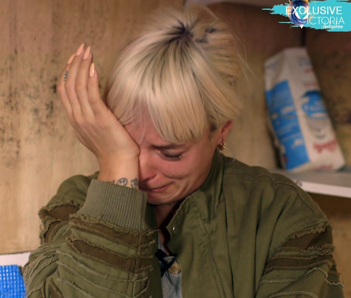Lily Allen calls herself a 'moron' as she speaks out on apologising for the UK to Calais refugee