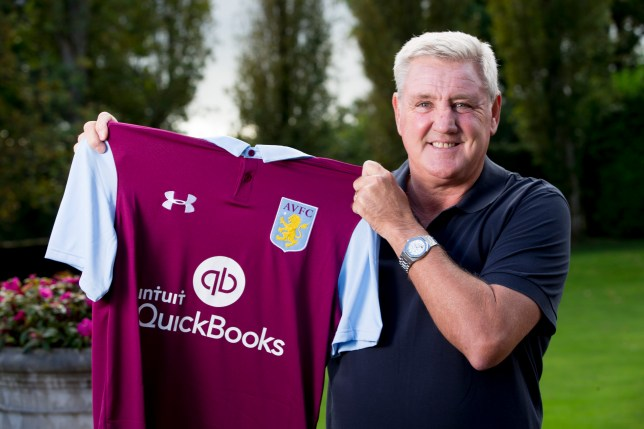 BIRMINGHAM, ENGLAND - OCTOBER 12 : Steve Bruce the new manager of Aston Villa poses for a picture at the club's training ground at Bodymoor Heath on October 12, 2016 in Birmingham, England. (Photo by Neville Williams/Aston Villa FC via Getty Images)