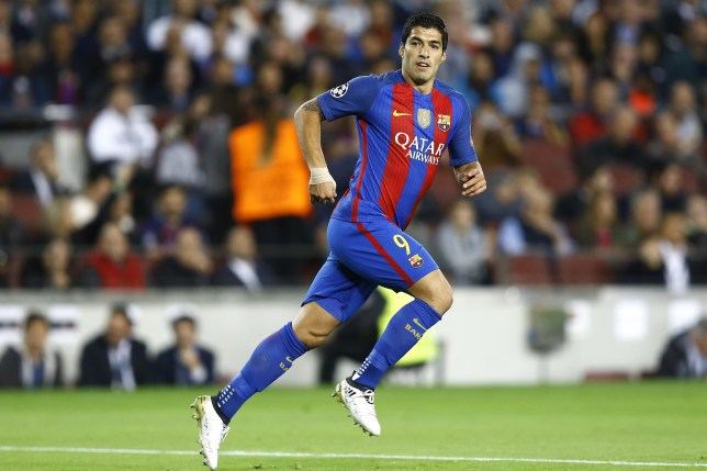 Luis Suarez of FC Barcelonaduring the UEFA Champions League group C match between FC Barcelona and Manchester City on October 19, 2016 at the Camp Nou stadium in Barcelona, Spain.(Photo by VI Images via Getty Images)