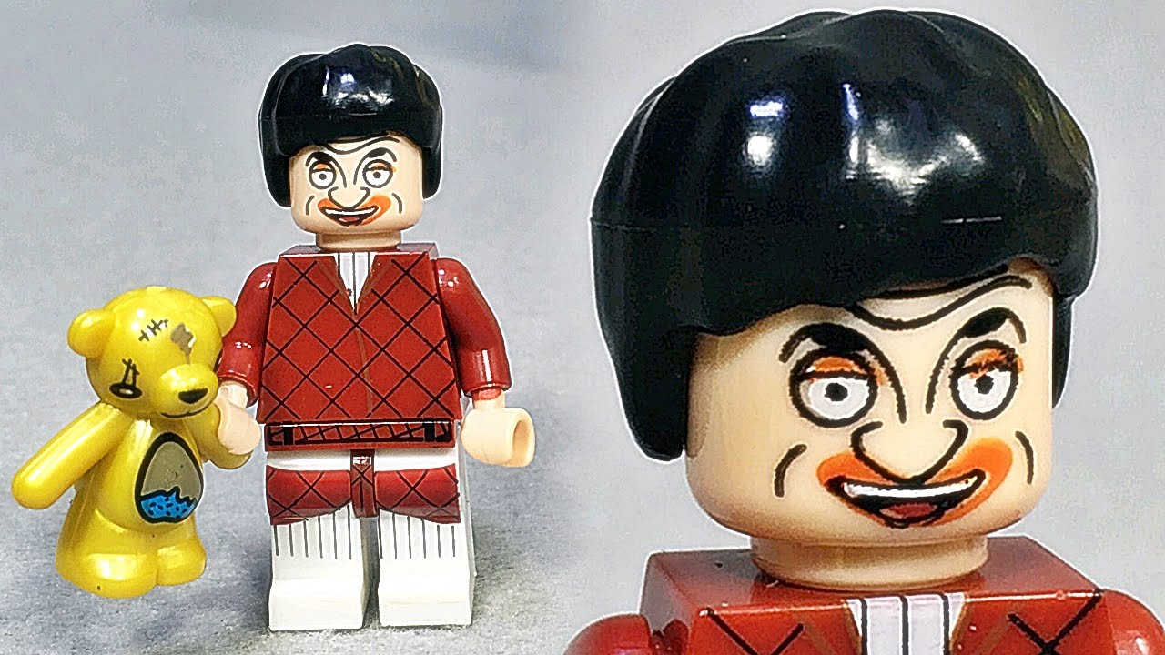 This Chinese Lego knock-off of Mr Bean is all kinds of wrong