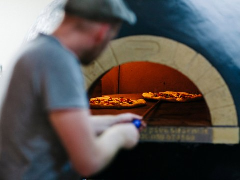 This pizza restaurant's response to a customer who moaned it was too busy on a Saturday night is brilliant