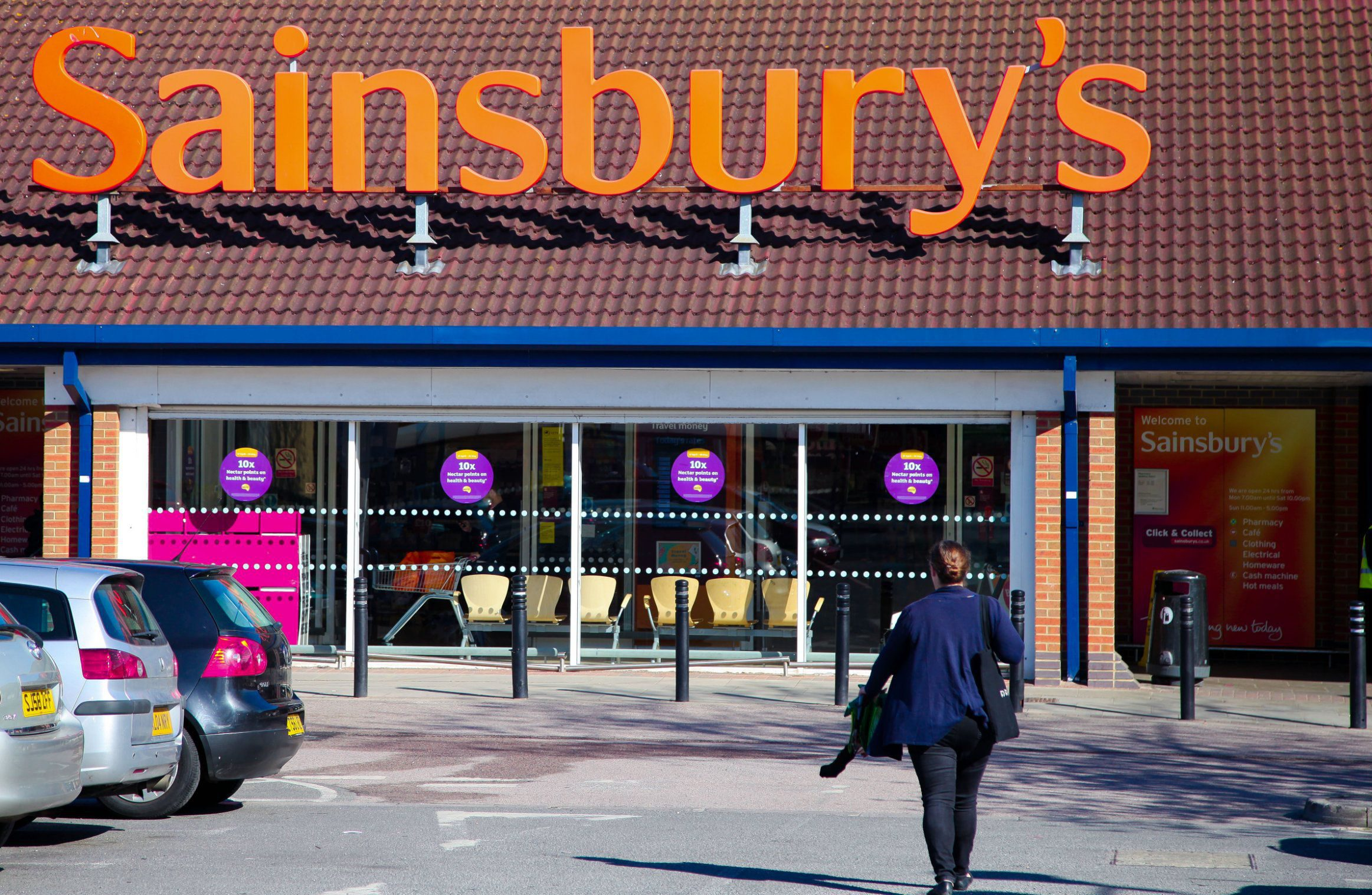 Sainsbury's opening hours on New Year's Eve and New Year's Day 2018