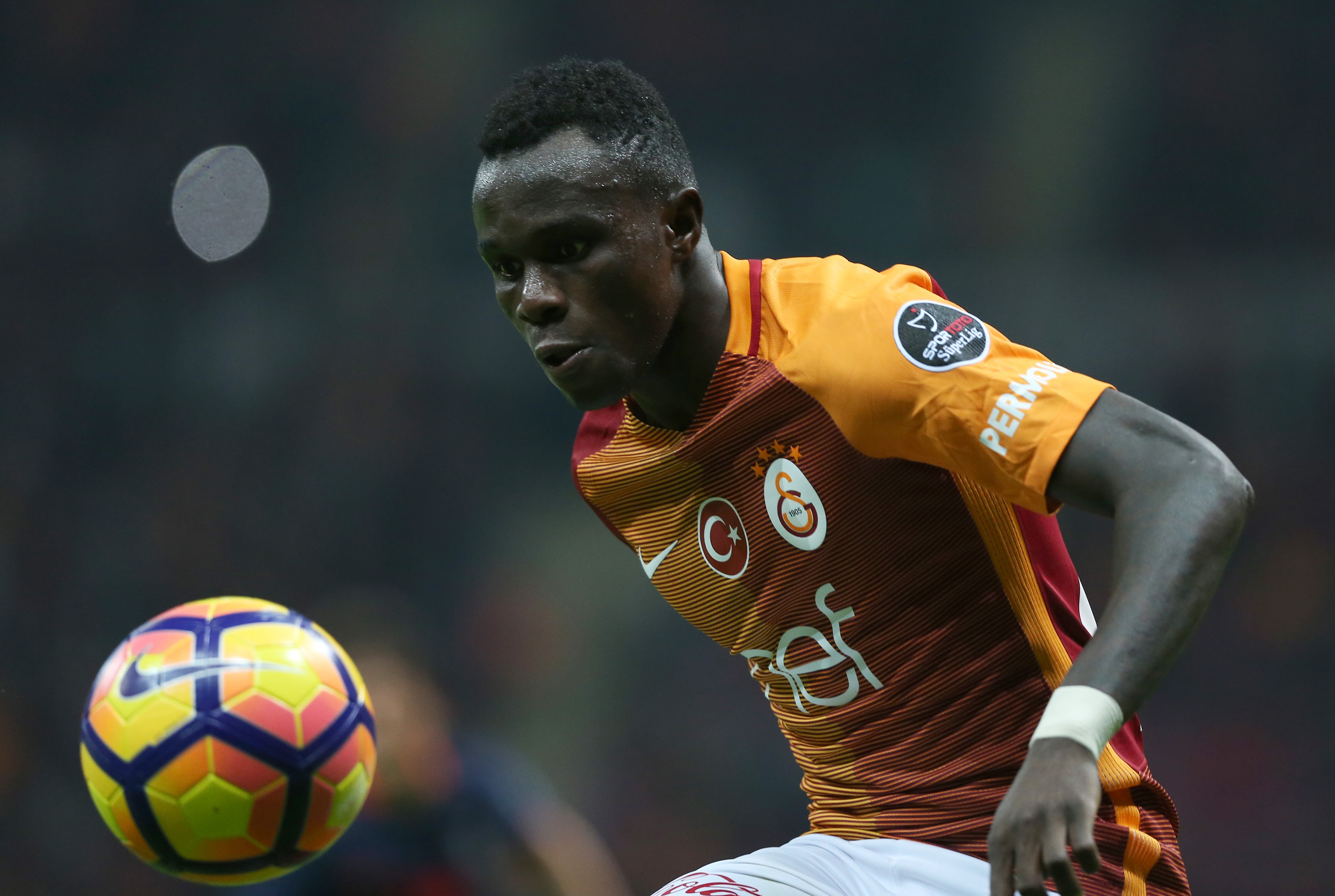ISTANBUL, TURKEY - NOVEMBER 4: Bruma of Galatasaray in action during the Turkish Spor Toto Super League soccer match between Galatasaray SK and Medipol Basaksehir at Turk Telekom Arena Stadium in Istanbul, Turkey on November 4, 2016. (Photo by Berk Ozkan/Anadolu Agency/Getty Images)