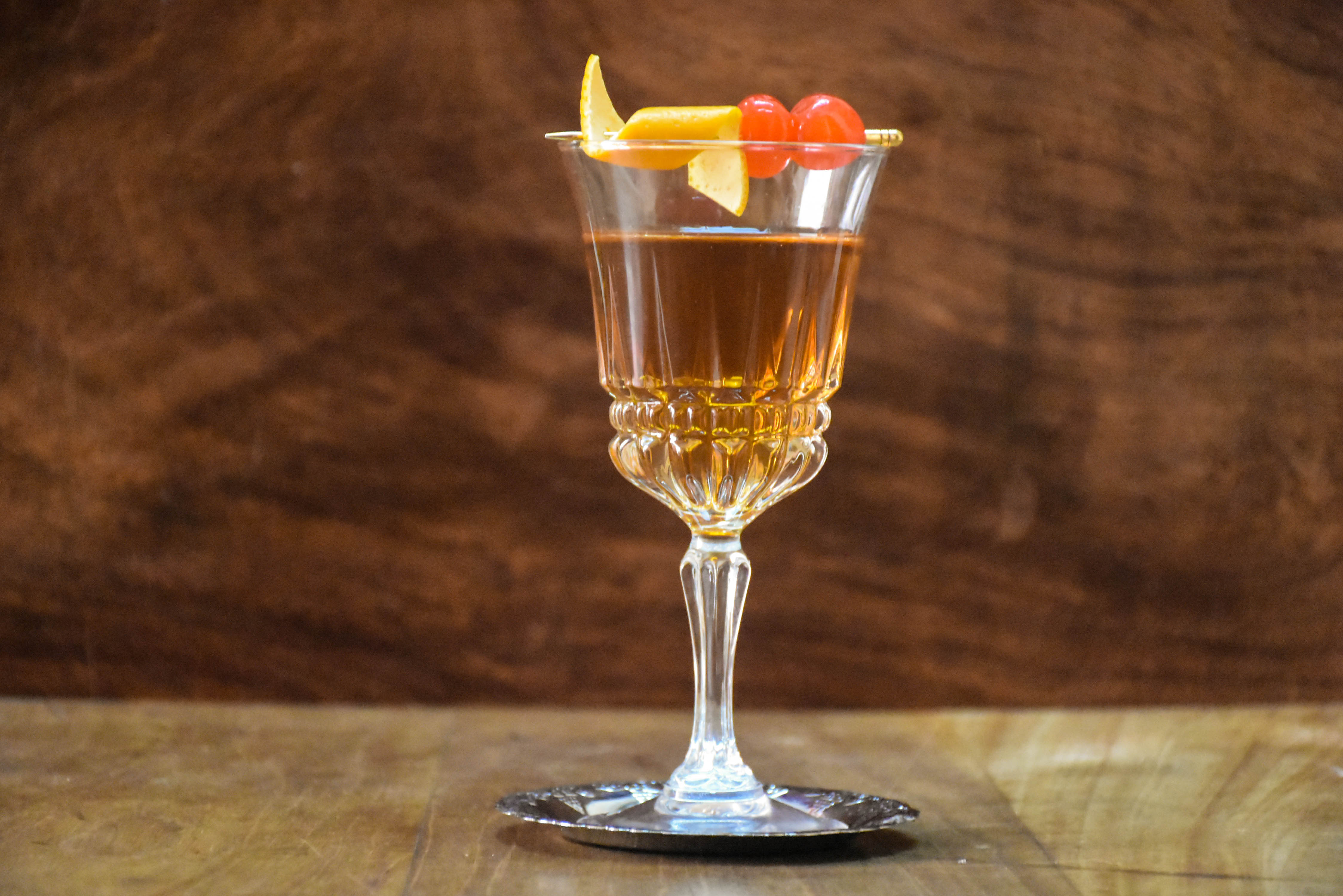 New Year's cocktail recipe video – Here's how to make a maple Manhattan