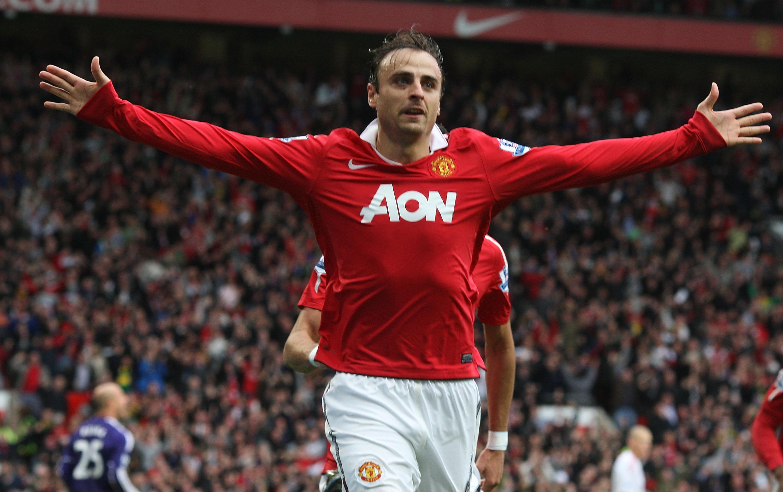 Dimitar Berbatov returning to Manchester United to work under Jose Mourinho