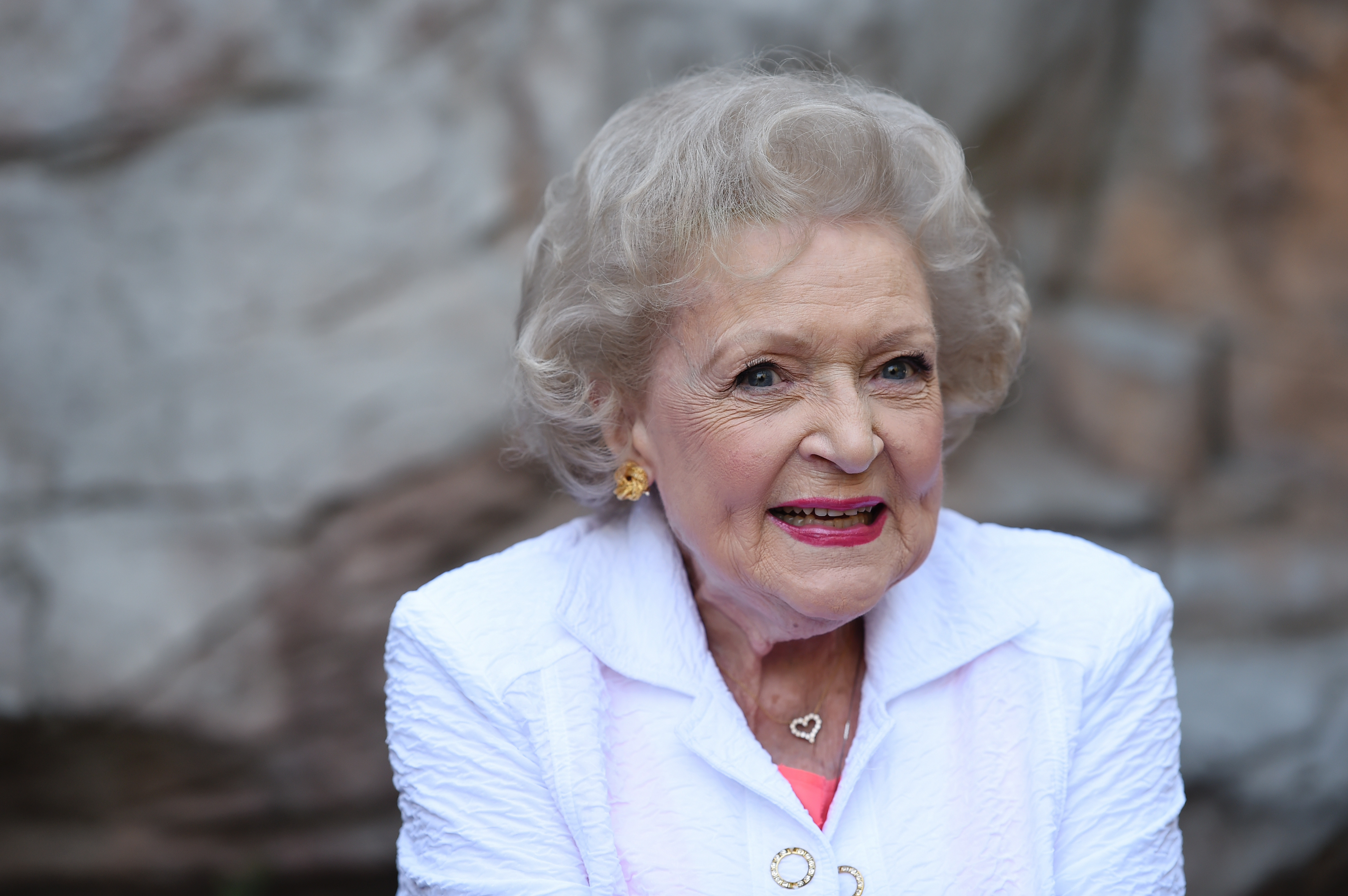 Someone has started a fundraising campaign to 'protect Betty White from 2016'