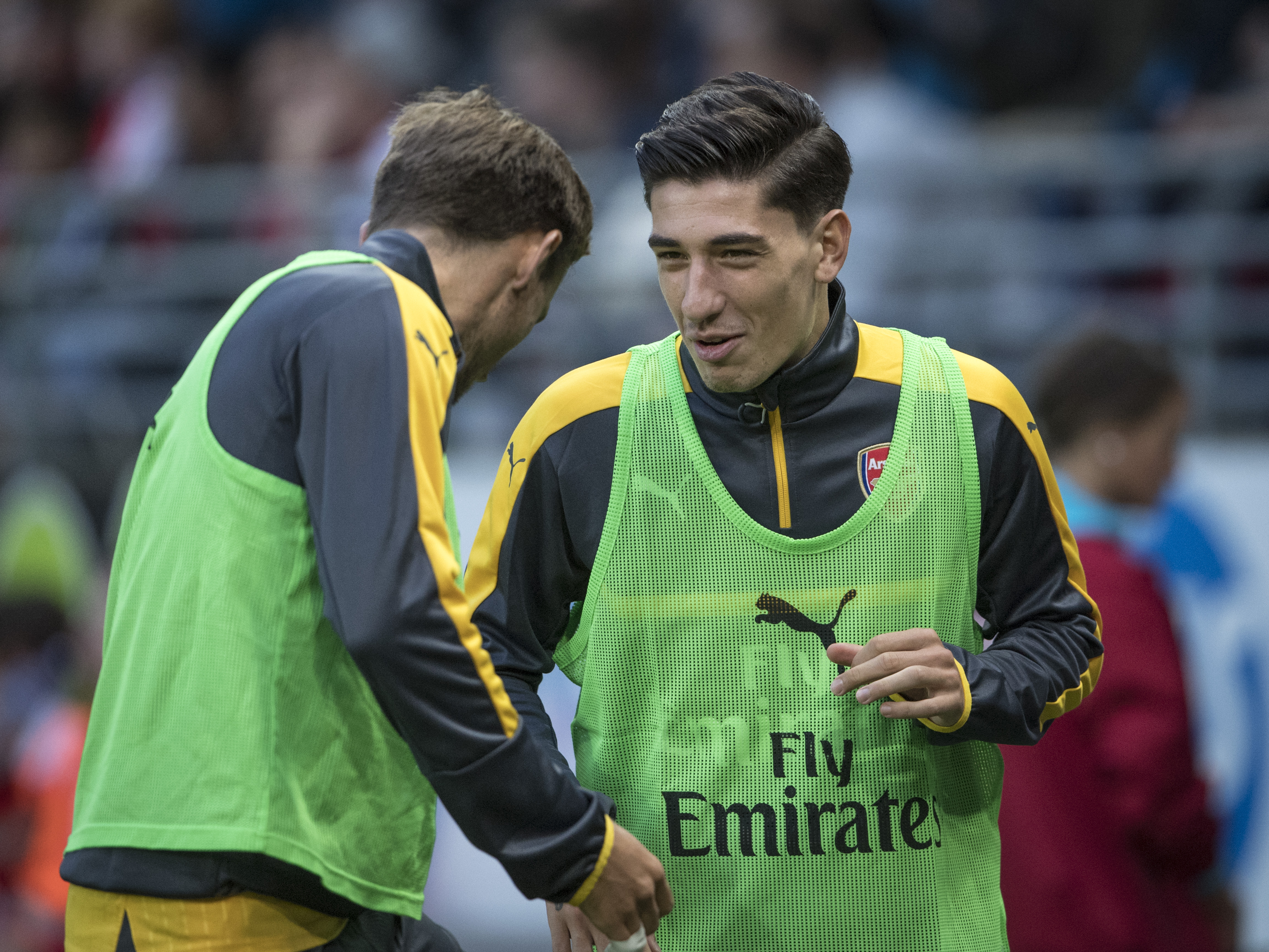 Hector Bellerin: Nacho Monreal is my best friend at Arsenal