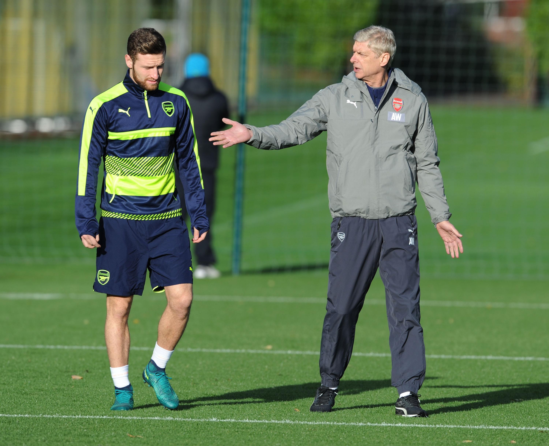 Arsene Wenger hints Gabriel will replace Shkodran Mustafi for Arsenal against Everton