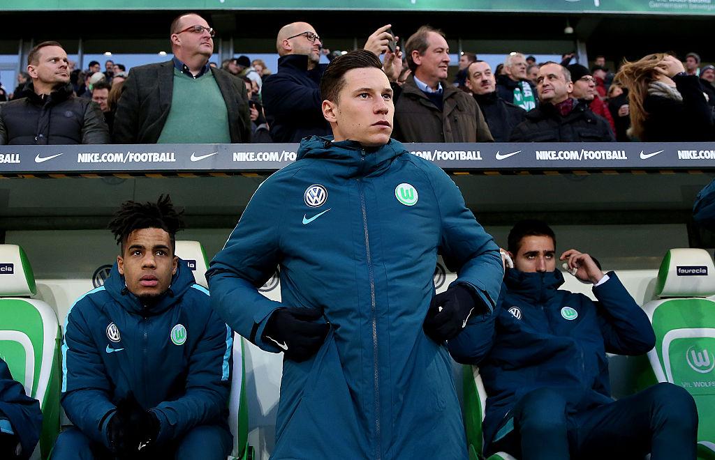 Wolfsburg's Julian Draxler puts clubs on alert by confirming he wants transfer