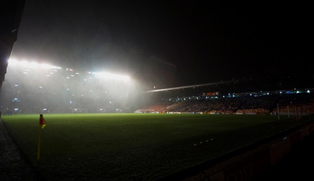 credit: Ross MacDonald/SNS Group 13/12/16 LADBROKES PREMIERSHIP ABERDEEN v MOTHERWELL PITTODRIE - ABERDEEN Pittodrie is covered in darkness as the floodlights fail in Aberdeen's match against Motherwell