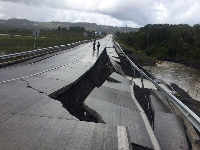 Christmas Tsunami.Tsunami Warning After Massive Earthquake Strikes Off Chile