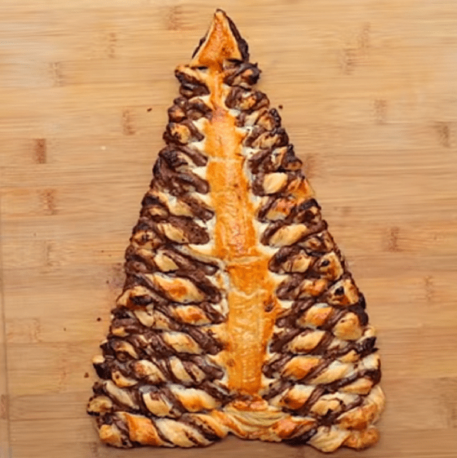 Nutella Christmas Tree.This Nutella Christmas Tree Is The Only Festive Dessert You