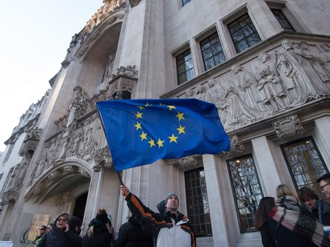 Remain campaigners try to block Brexit via Irish courts