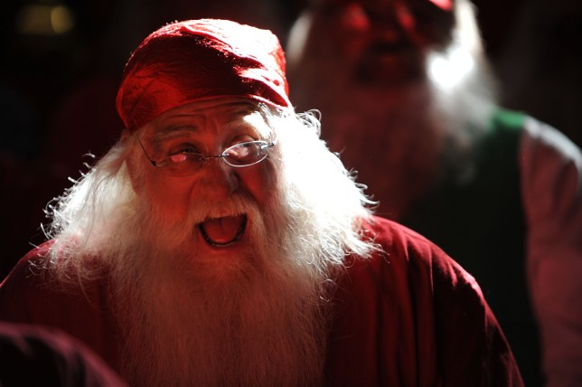 Bad Christmas Jokes.Christmas Jokes The Best Cracker Quips That Are So Bad They