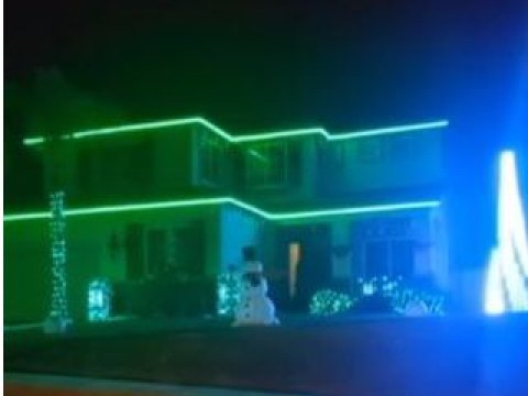 Star Wars fan uses Christmas lights to turn house into epic tribute to Carrie Fisher