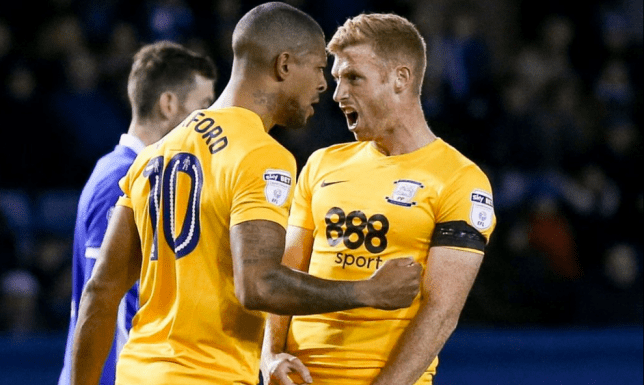 Jermaine Beckford and Eoin Doyle sent off for fighting each other. (Picture: REX)