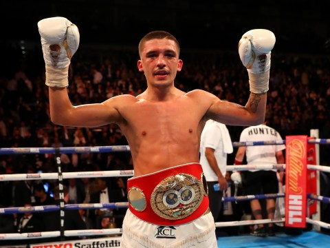 Lee Selby to defend featherweight world title on undercard of Carl Frampton Leo Santa Cruz 2