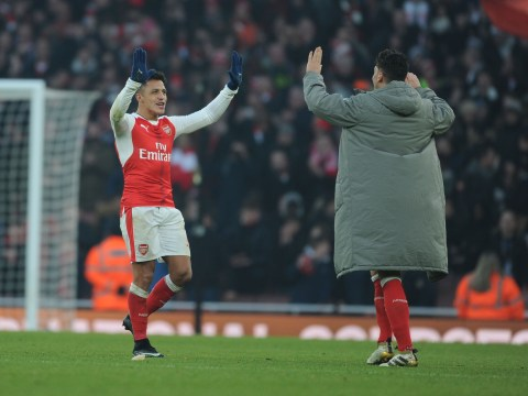 Mesut Ozil and Alexis Sanchez have no reason to leave Arsenal, says Kanu