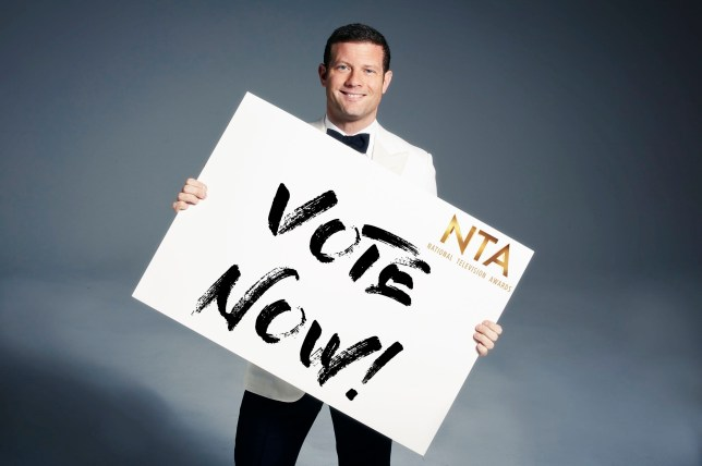Embargoed to 0001 Tuesday January 3 Undated handout photo issued by ITV of Dermot O'Leary, who will host the 2017 National Television Awards (NTAs) at London's O2 Arena on January 25. PRESS ASSOCIATION Photo. Issue date: Monday January 2, 2017. Len Goodman and Mary Berry will compete for one of the top prizes at the NTAs following the recent departure of both TV judges from their respective shows, Strictly Come Dancing and The Great British Bake Off. See PA story SHOWBIZ NTAs. Photo credit should read: ITV/PA Wire NOTE TO EDITORS: This handout photo may only be used in for editorial reporting purposes for the contemporaneous illustration of events, things or the people in the image or facts mentioned in the caption. Reuse of the picture may require further permission from the copyright holder.