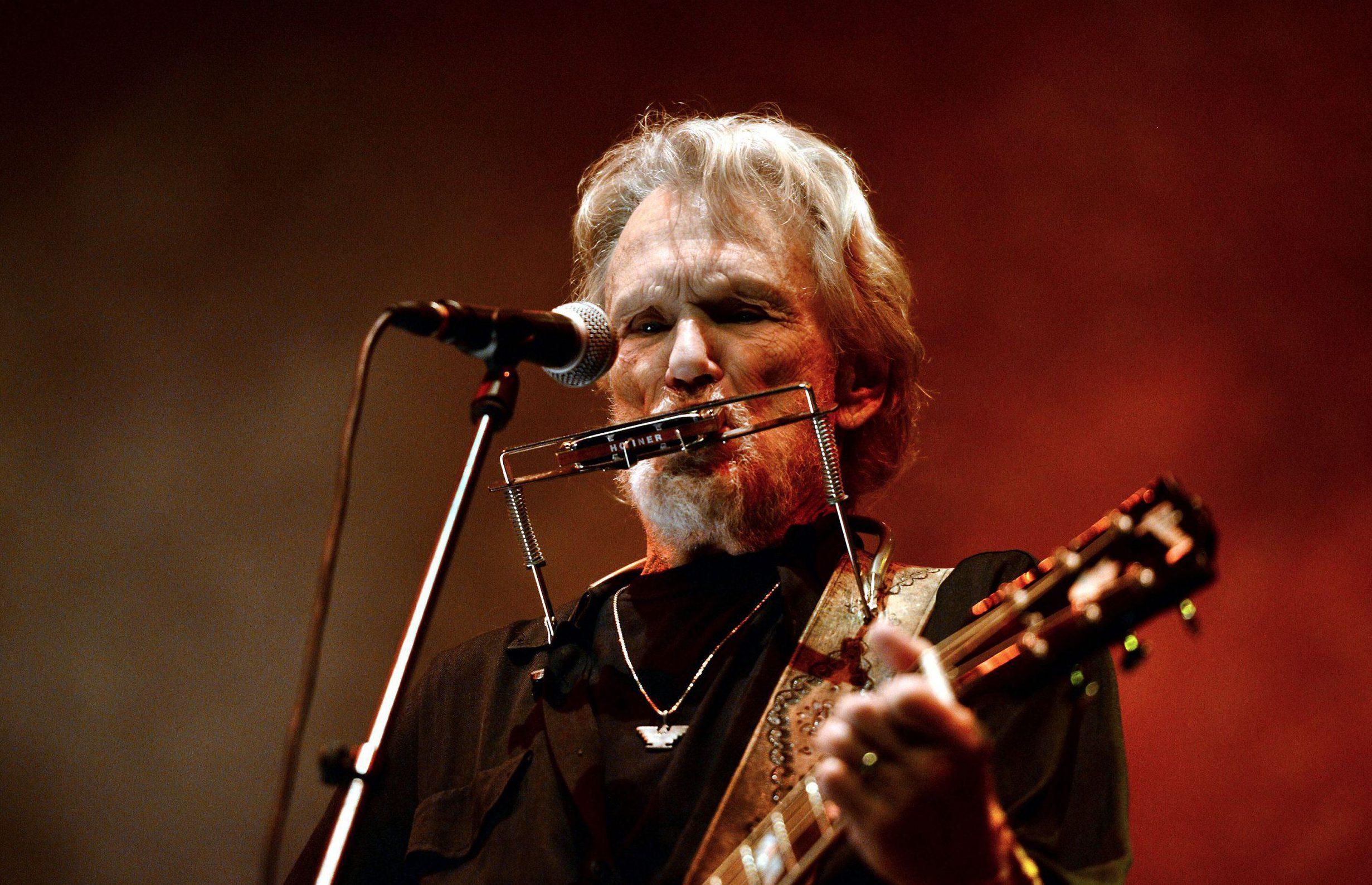 Mandatory Credit: Photo by Anita Russo/REX/Shutterstock (5562610e)nKris KristoffersonnKris Kristofferson in concert, Celtic Connections Festival, Glasgow, Scotland, Britain - 23 Jan 2016nn