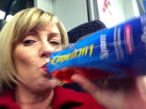 This sneaky wine-loving mum has just won Twitter with her genius hack