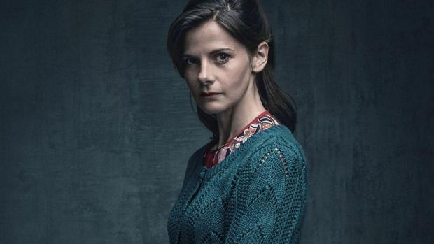 Sherlock's Louise Brealey hits back at criticism over Molly's scene in series 4 finale