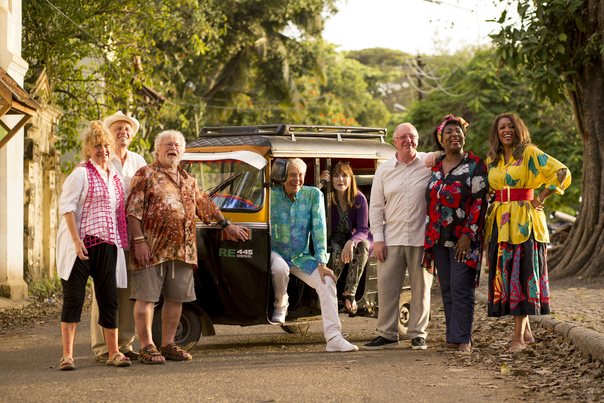 Programme Name: The Real Marigold Hotel S2 - TX: n/a - Episode: The Real Marigold Hotel S2 (No. n/a) - Picture Shows: Amanda Barrie, Paul Nicholas, Bill Oddie, Lionel Blair, Dr Miriam Stoppard, Rustie Lee, Dennis Taylor, Sheila Ferguson - (C) Papaya 2016 - Photographer: -