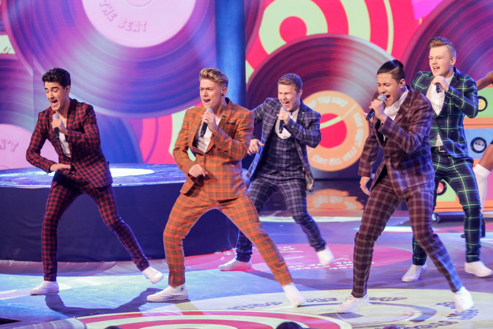 Programme Name: Let It Shine - TX: n/a - Episode: n/a (No. 8) - Picture Shows: Five To Five - (C) BBC - Photographer: Gary Moyes
